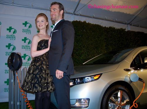 James Van Der Beek & Kimberly BrookCR